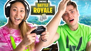 TEACHING LIZ TO PLAY FORTNITE!! (SHE GOT A KILL)