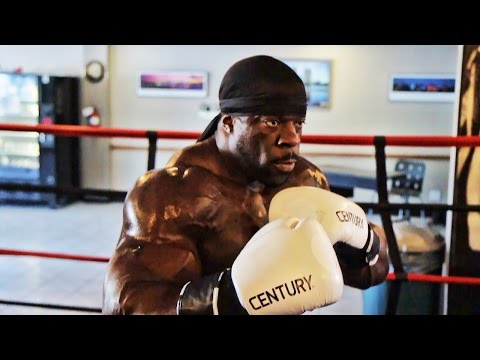 BODYBUILDER to MMA - Kali Muscle Fight Training