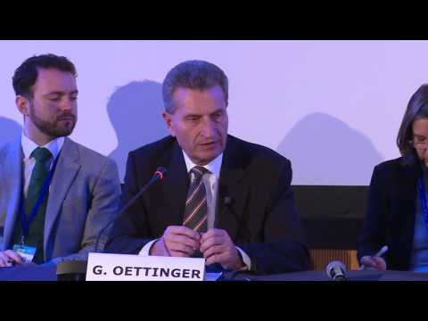 Oettinger: Europe will switch to 5G in early 2020s