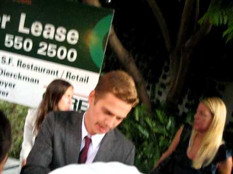 Hayden Christensen Signing Autographs