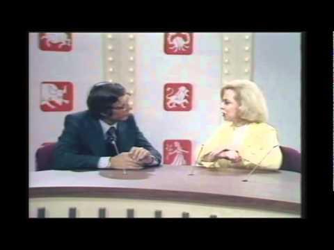 Kreskin meets Dr Joyce Brothers, psychologist