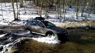 Audi AllRoad crossing a stream - Level 3 Suspensio