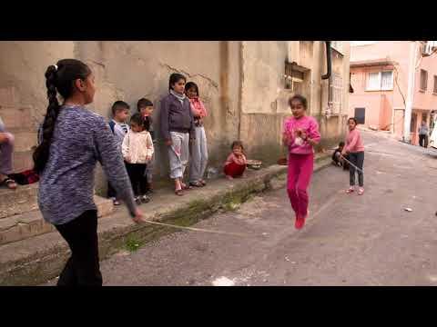 """1 Gün Kala """"İlk Konser"""" bölümü 6 mayıs pazar günü TRT1'de."""
