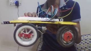 Step 7 : Remote controlled robot using Arduino and T.V. remote : Interfacing motors with L293D