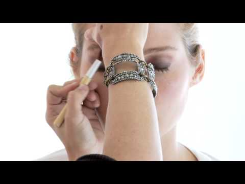 EcoTools Presents: How to Create a Smoky Eye