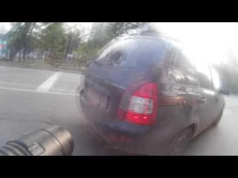 Удивительные приключения велосипедиста на дороге!