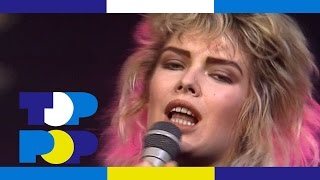 Kim Wilde - You Keep Me Hanging On (2) • TopPop