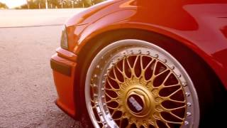 Awesome BMW E34 gold BBS rims 720