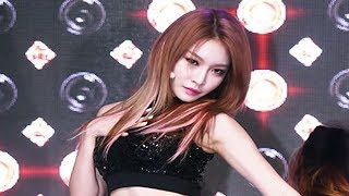 I.O.I CHUNG HA(청하) 'Hands on Me' Showcase Stage (Why Don't You Know, 아이오아이)