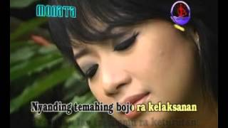 download lagu Cinta Jauh Di Mato gratis