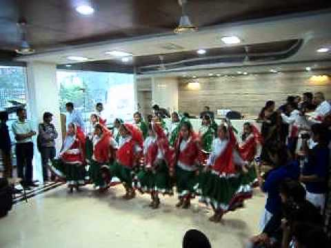 Haryanvi Folk Dance By Avinash Mashani video