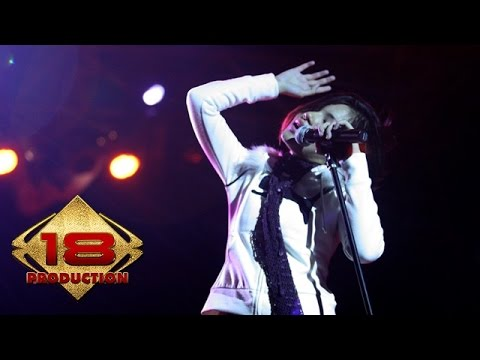 Tere - Awal Yang Indah (Live Konser Pamekasan Madura 5 November 2005)