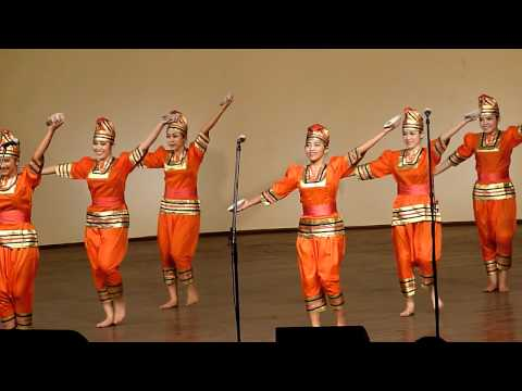 Indonesia - Tari Piriang (dance With Plates) Tydzień Kultury Beskidzkiej 2011 video