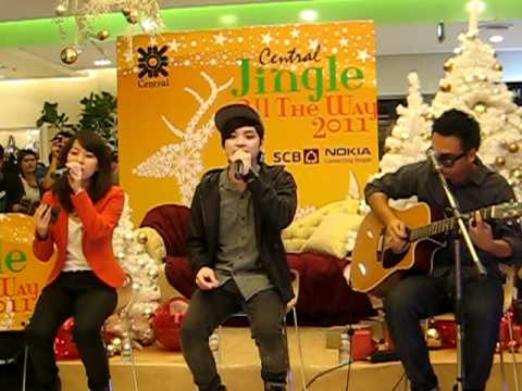 Seasons Change cover by room39 @Central Chidlom 26/12/53