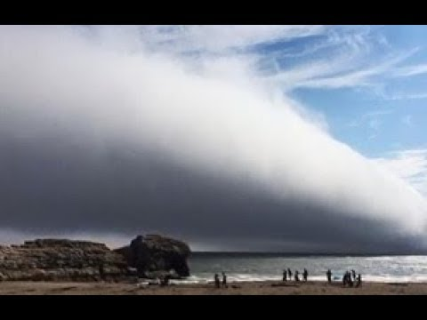 Bizarre fast moving wall of fog caught on camera