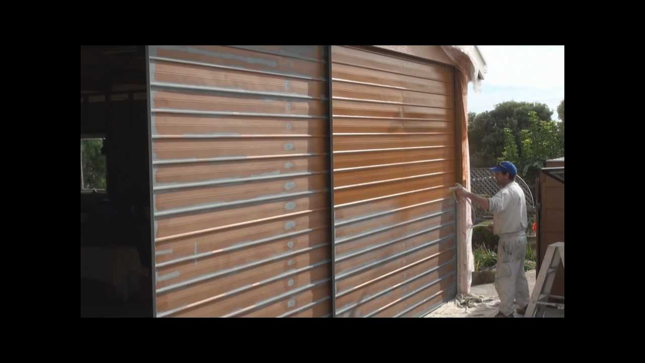 to paint a garage door painting a garage door using an airless spray. Black Bedroom Furniture Sets. Home Design Ideas