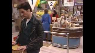 Glenn Quinn on Roseanne: 4x11 - Kansas City, Here We Come