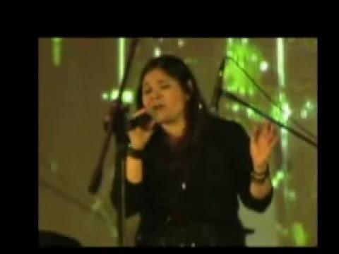 Concierto testimonio  en Eurobuilding Monica la cantante Cristiana venezolana ganadora Grammy