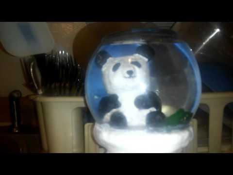 Pandaglobe (Snow Globe w/ Panda Theme)