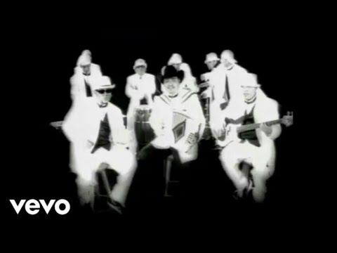 A.B. Quintanilla lll Y Los Kumbia Kings Y Ricky Muñoz [Intocable] Fuiste Mala - (Video Oficial HD)