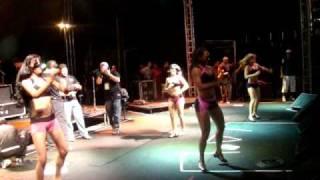 Meninas do Axé The Best dançando Tchuco e Kuduro no 5º Circuito de Pagode