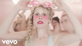 Download Lagu Petite Meller - Milk Bath Gratis STAFABAND