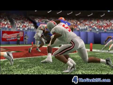 NCAA Football 10 Gameplay & Erin Andrews Interview