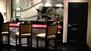 Mickey Mouse Penthouse Suite Tour at Disneyland Hotel - Walk Through HD