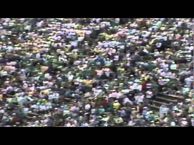 Oregon QB Danny O'neil runs for a short touchdown vs. WSU 9-07-1991