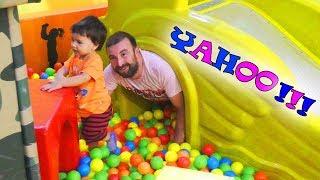 ВЕСЕЛИМСЯ в Очередном Игровом Центре/FUN IN THE NEW GAME CENTER Для детей kids