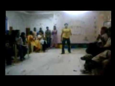 Tu Hai Meri Soniye Dance (Aai Pappi).3gp