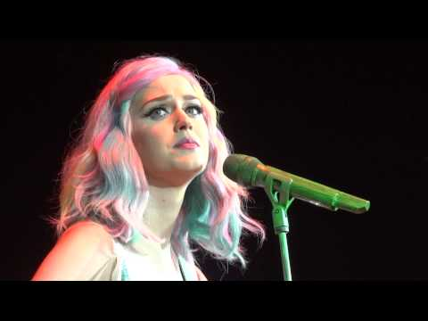 Katy Perry - The one that got away / Thinking of you (Prismatic World Tour O2 London ) HD