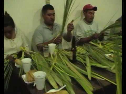 SANTIAGO JUXLAHUACA OAXACA Y EL AMARRE DE PALMAS.wmv