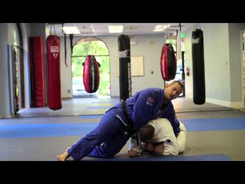 Annapolis Brazilian Jiu-Jitsu Techniques - Clock Choke From Turtle Guard Image 1