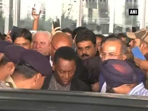 Football legend Pele arrives in Kolkata