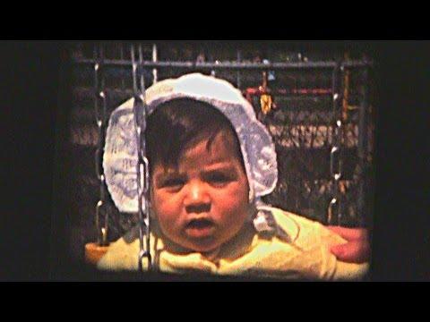 On regarde des vieux films 8mm en famille (1974-1984)