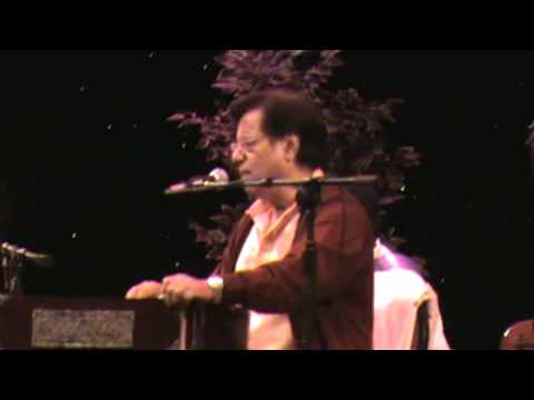 Hazaaron Khwahishen Aisi, Ki Har Khwaahish Pe Dum Nikale video