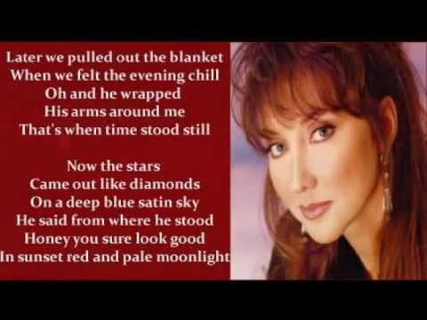 Pam Tillis - Sunset Red And Pale Moonlight ( + lyrics 1995)
