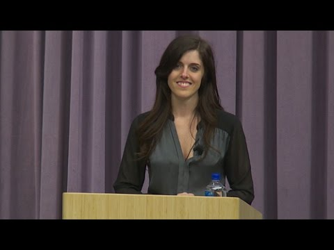 Halle Tecco: Accelerating Real Change in Healthcare [Entire Talk]