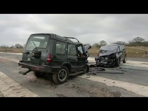 Fifth Gear Crash Test- Land Rover Discovery vs Renault Espace