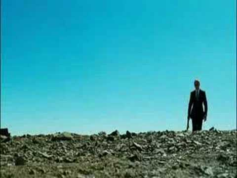James Bond: Quantum of Solace - Official trailer HD