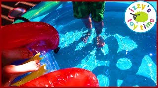 RAINBOW RING PLAY CENTER?! Fun Family Outdoors Pretend Play with WATER!