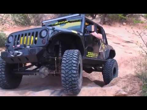 Chasing Jeeps - Rockstar Garage