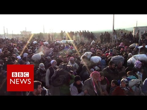 Inside the camp home to 11,500 Syrians - BBC News