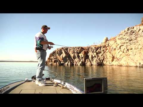 How to fish small jigs in deep water (Diamond Valley Lake, Lake Mead, Lake Havasu)