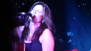 Watch Terri Clark Damn Right video