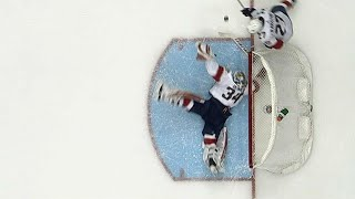 Reimer makes leaping desperation save to rob Sheary