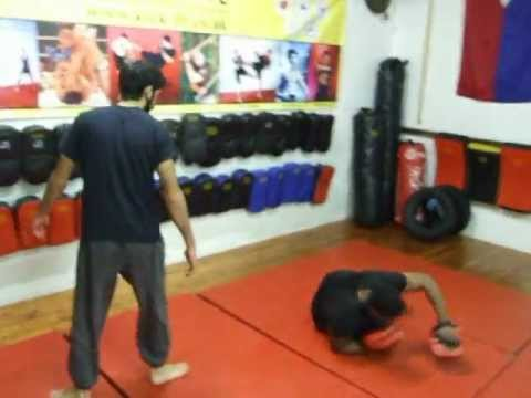 JKD-Streetwise/Streetfighting Pad Drill, Jeet Kune Do Class ,Kickfit Academy Nottingham,UK Image 1