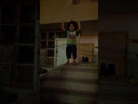 اصغر طفل يرقص في اسكندريه حمزه يوسف thumbnail