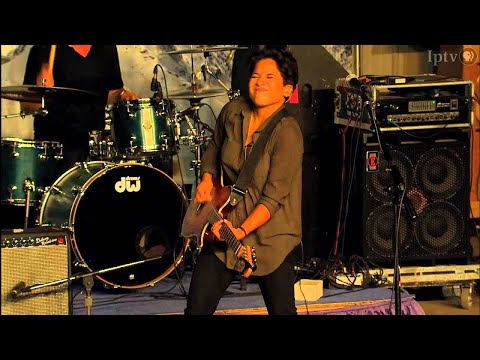 Vicci Martinez Concert (Part 2) | Iowa State Fair 2013
